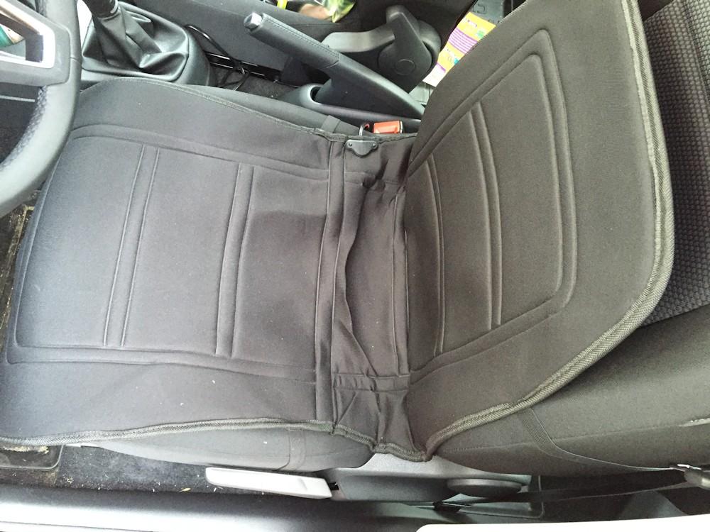 Mata grzewcza na siedzenie samochodu z Biedronki.
